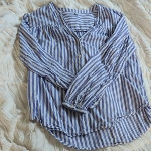 💜 Old Navy Striped Button Down Shirt 💜
